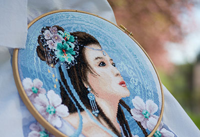 Counted cross stitch kit Asian lady in blue