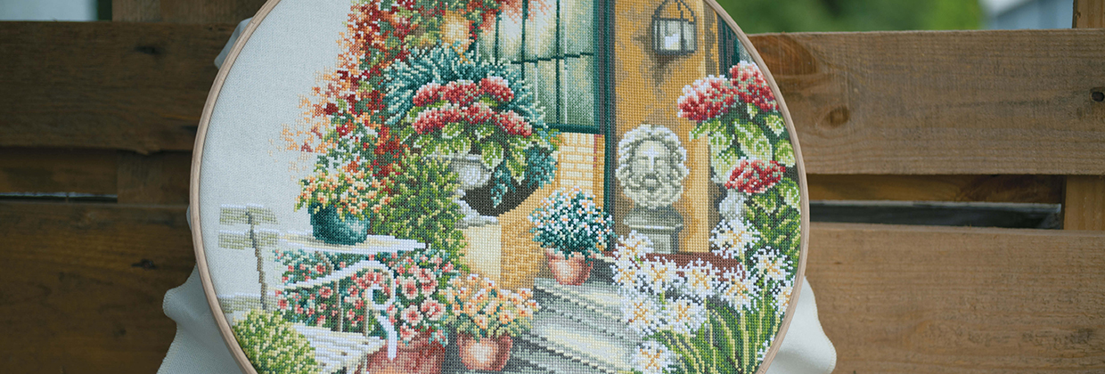 Counted cross stitch kit Terrace in autumn bloom PN-0008016